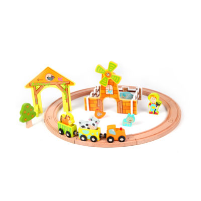 Classic World Farm Train Set