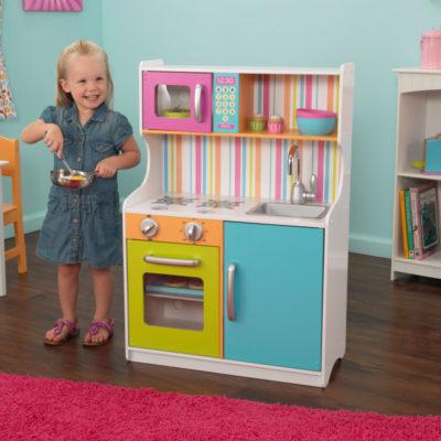 Kidkraft Bright Toddler Kitchen2