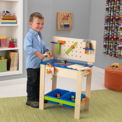 Kidkraft Deluxe Workbench with tools2