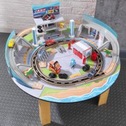 Kidkraft Disney® Pixar Cars 3 Florida Racetrack Set & Table8