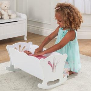 Kidkraft Lil' Doll Cradle2