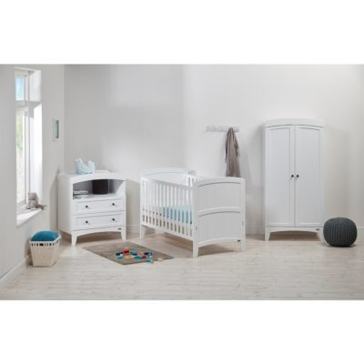 East Coast Acre 3 Piece Room Set