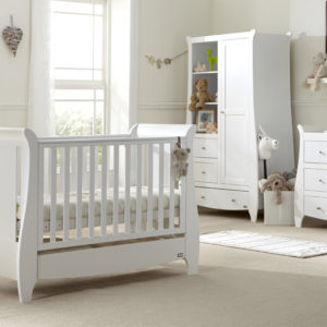 Katie 5 Piece Room Set White - Lifestyle (2)