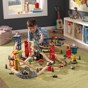 Kidkraft Super Highway Train Set3
