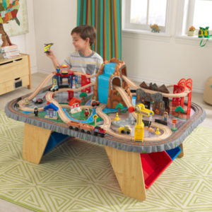 Kidkraft Waterfall Junction Train Set & Table1