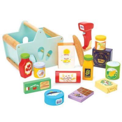 Le Toy Van Groceries Set and Scanner 2