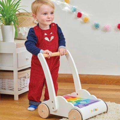le toy van rainbow cloud walker 5