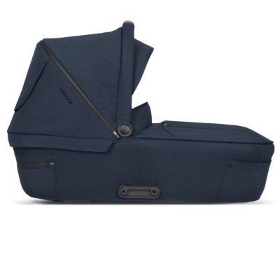mutsy icon carrycot legend deep water