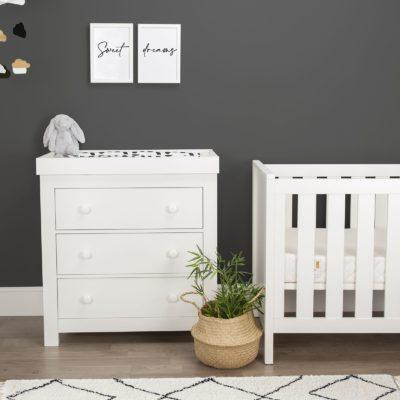 CuddleCo Aylesbury White 2 Piece Nursery Set